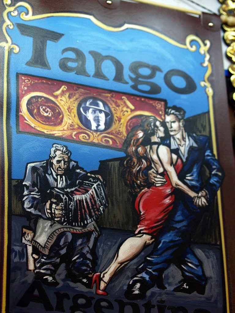 Maalatut tangotanssijat